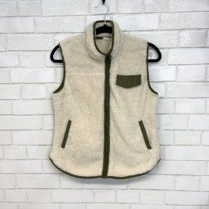 Day to Day Faux Fur Vest (P24)